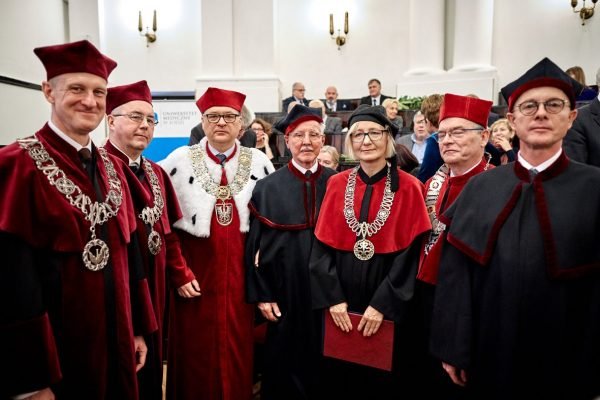 doktor honoris causa 2